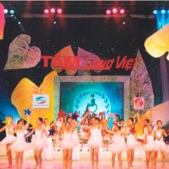 Tấm lòng Việt